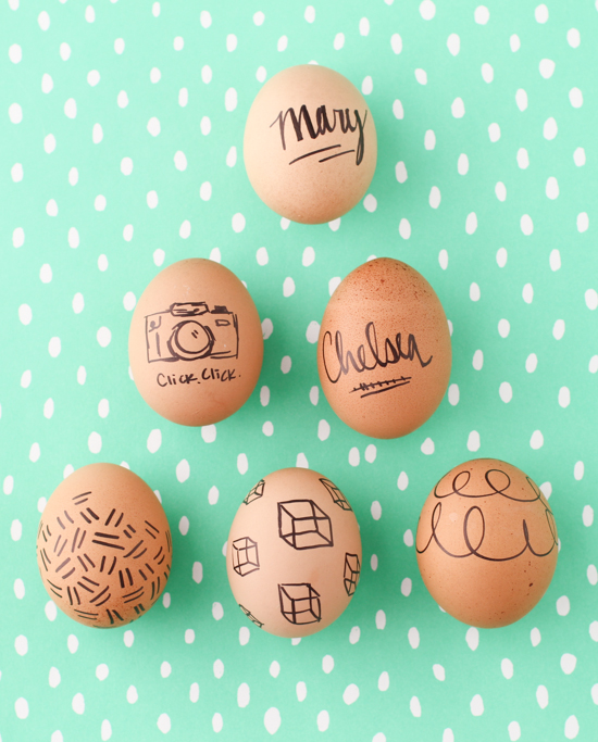 marker-decorated-easter-eggs-16