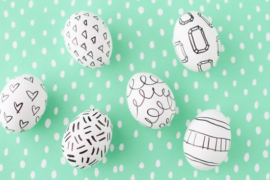 marker-decorated-easter-eggs