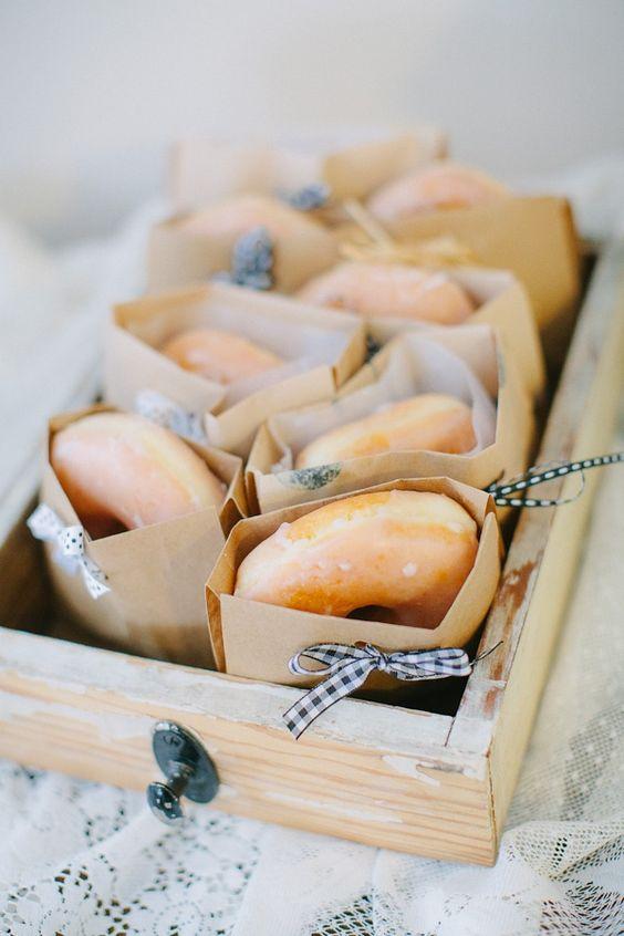 Caja con donuts