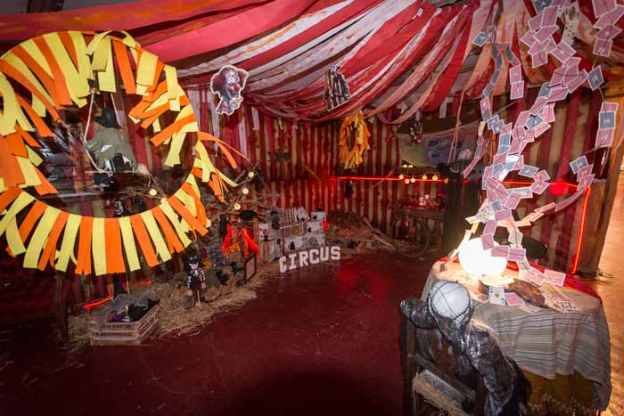 Halloween-chorror-circus