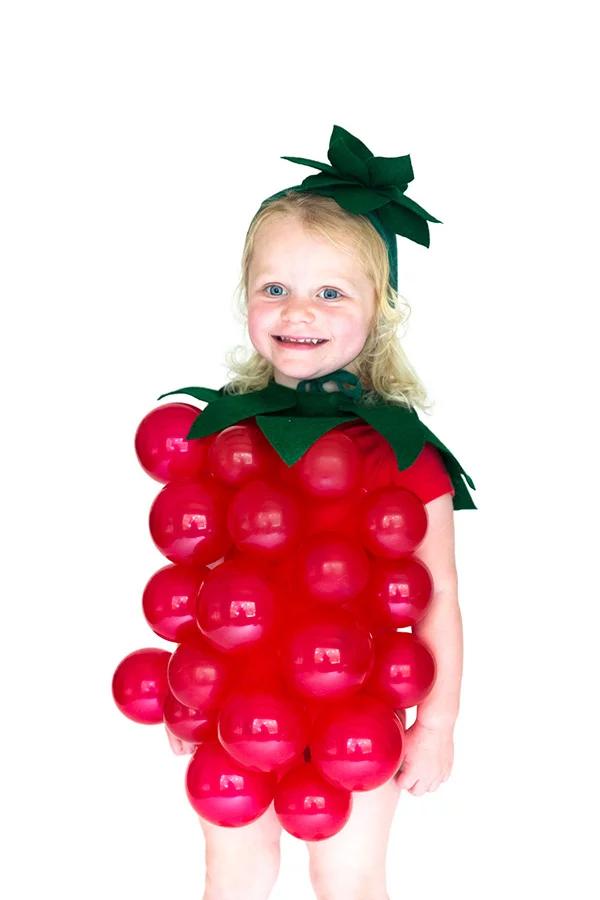 disfraces con globos fresa