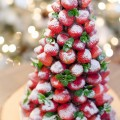 Christmas-Desserts-Chocolate-Covered-Strawberry-Christmas-Tree-11